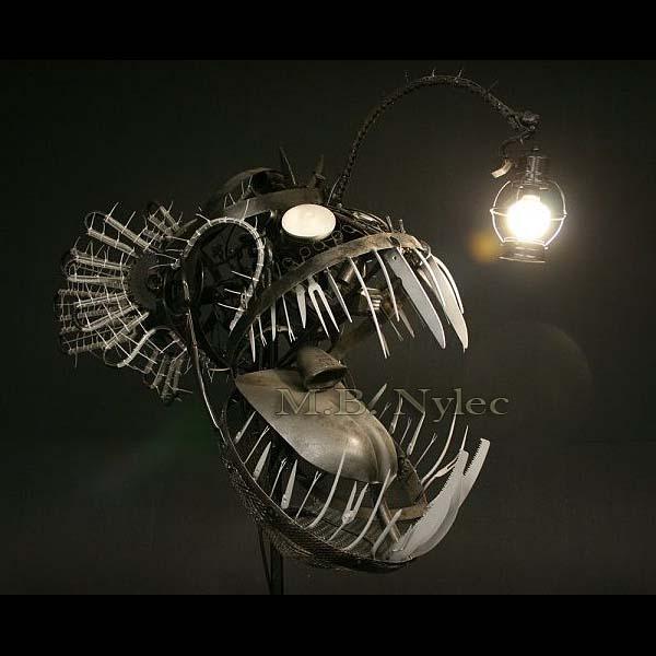 designerska lampa - metaloplastyka - rzeźba metalowa ww54
